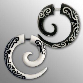 Fake Piercing Spirale - Maori Tribal - aus Horn oder Knochen – Bild 1