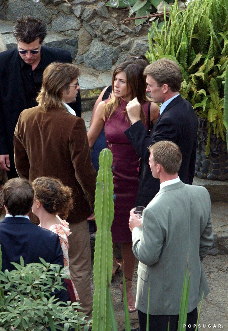 All The Celebrities Who Have Served As A Friend S Bridesmaid Jennifer Aniston Pictures Jennifer Aniston Photos Brad Pitt Jennifer Aniston
