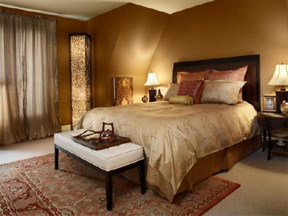 Master Bedroom Relaxing In Warm Neutrals And Luxurious Bedding Master Bedroom Colors Warm Bedroom Colors Bedroom Paint Colors Master