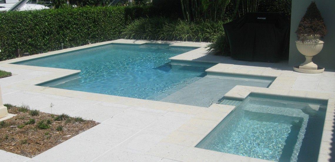 Contemporary Pool With Sunken Spa Ft Lauderdale Fl Pool Builders Inc Pool Builders Swimming Pool Builder Pool
