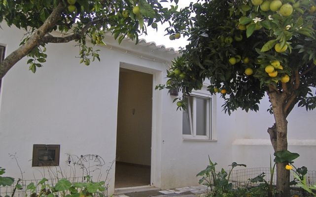 1 BEDROOM HOUSE CLOSE TO LAGOS.Follow us @ideal_portugal