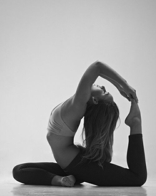 I want my pigeon pose to look like this one day.