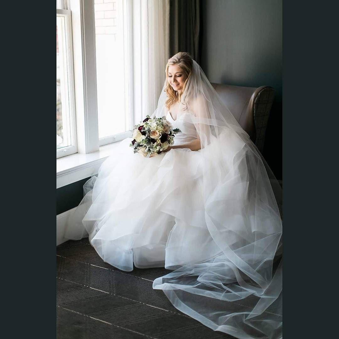 Bridal perfection! @sweetlifephoto.anna @sweetlifephoto.jake #sweetlifephotographyportland @swoon_floraldesign #sentinelhotel #portlandweddings #weddingplanner #pdxweddinginspiration