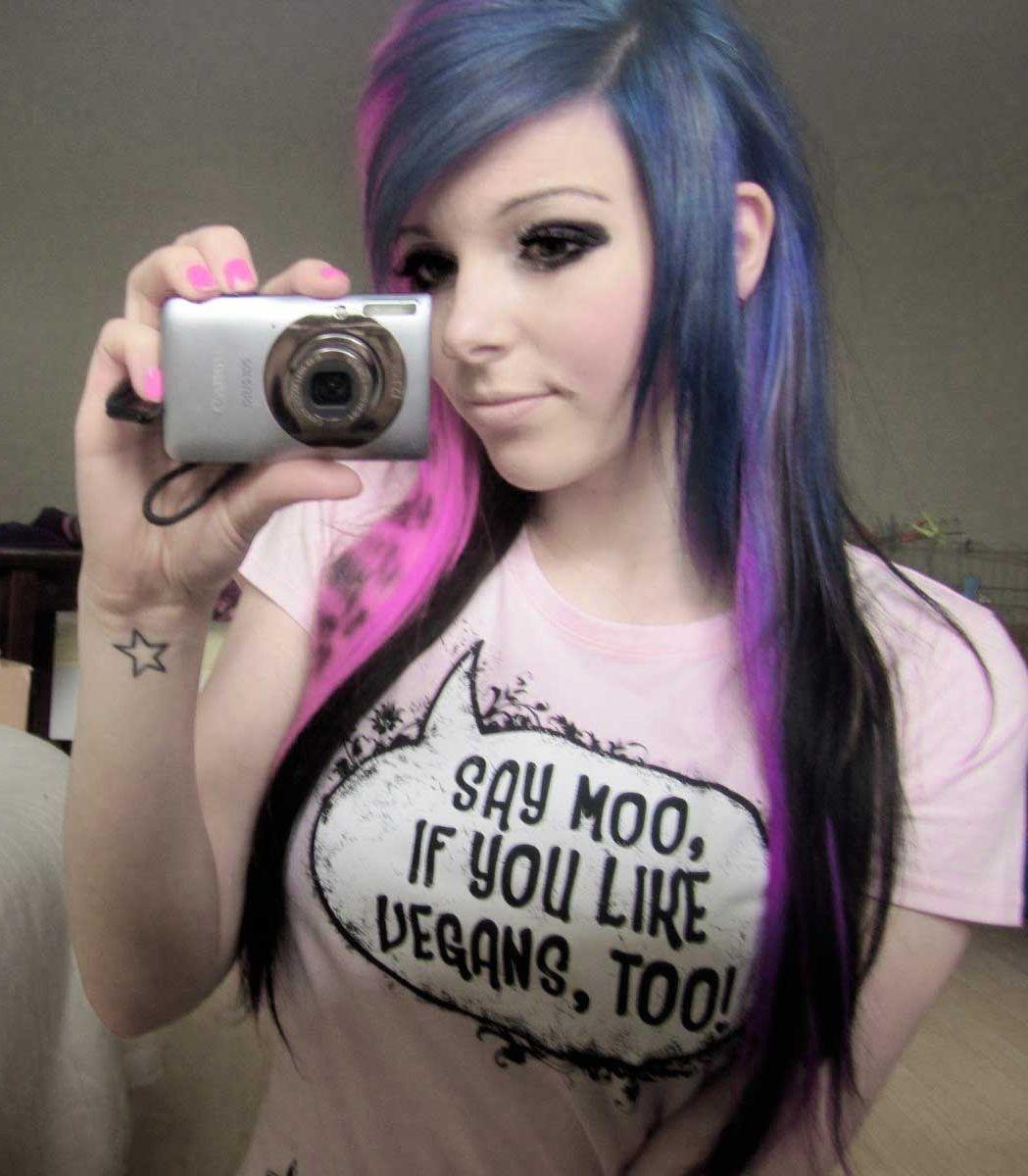 Частные фотографии голых девочек эмо в хорошем качестве 720 фотоография
