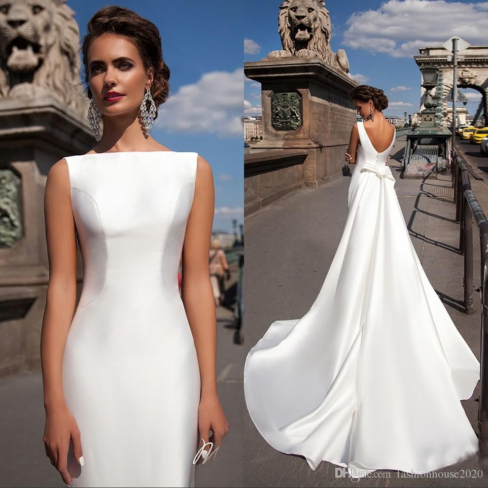 Satin mermaid wedding dresses 2018 bateau boat neck for Simple form fitting wedding dresses