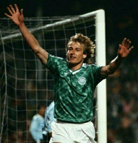 Jurgen Klinsmann Of Germany In 1990 Jurgen Klinsmann European Football Football