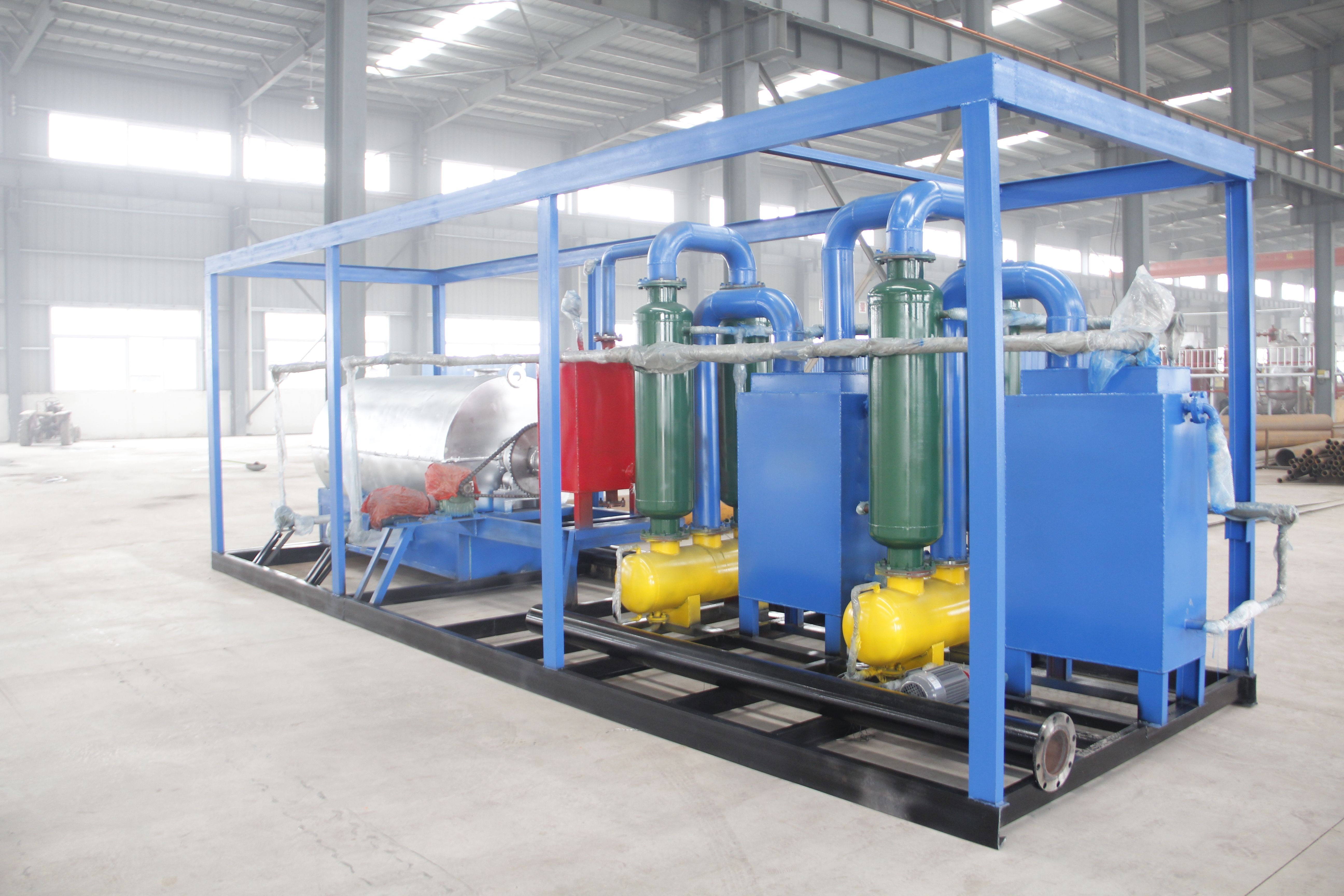 200-300kg small unit waste tyre pyrolysis plant The waste tyre