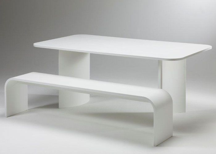 Corian Dining Table (700×500)