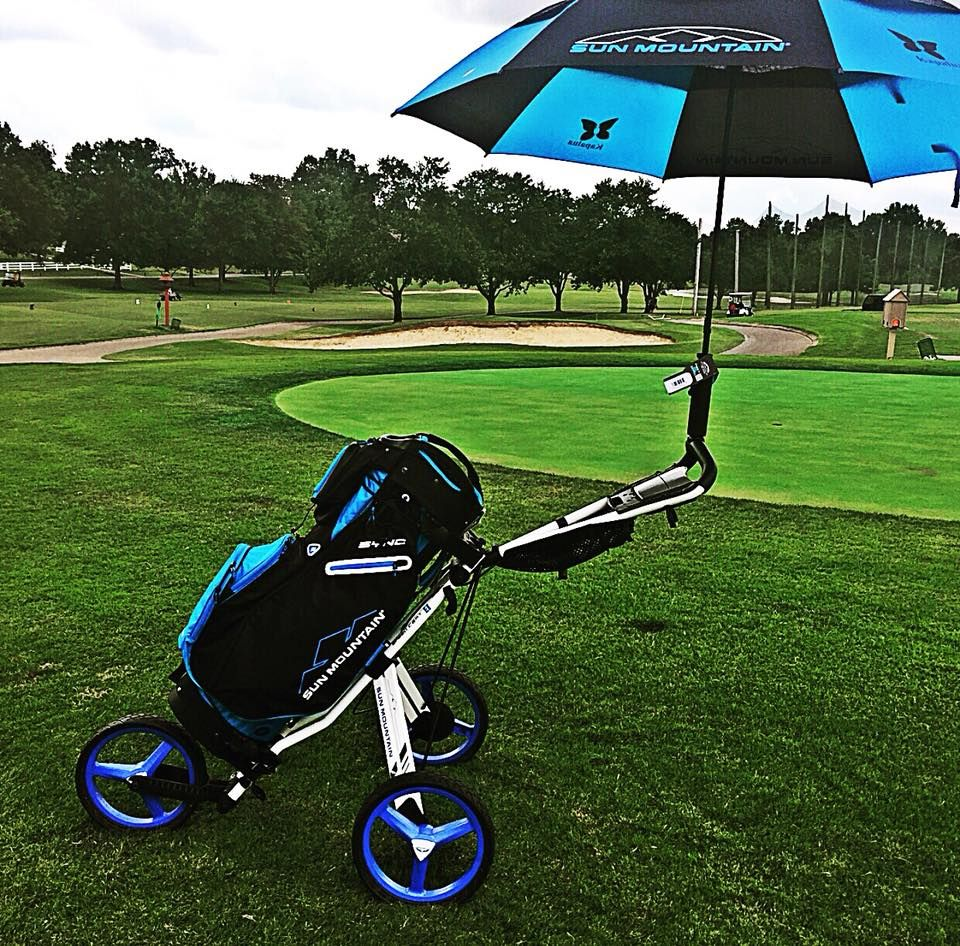 Rolling Into The Weekend With A Coordinated Sun Mountain Micro Cart Sync Bag And Umbrella Golfing Never Looked So G Golf Umbrella Golf Push Cart Golf Design