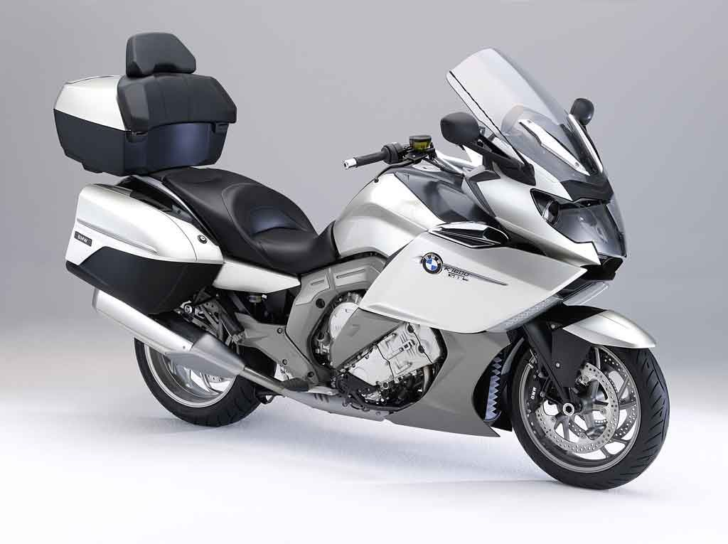 Bmw Introduces K1600gt And K1600gtl Six Cylinder Motorcycles Bmw Motorcycle Magazine Motorcycle Bmw Motorrad Bmw Motorcycles