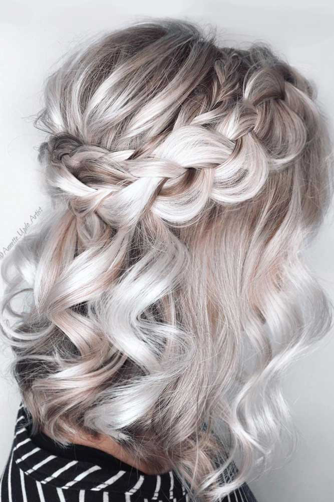 33 Amazing Prom Hairstyles For Short Hair 2020 Prom Hairstyles For Short Hair Thick Hair Styles Medium Hair Styles