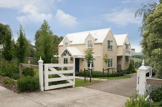 so pretty.   Australian country houses, House exterior ...