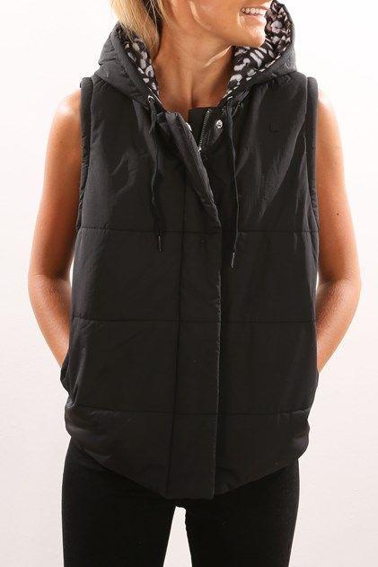 Wander Puffer Vest Jacket Black