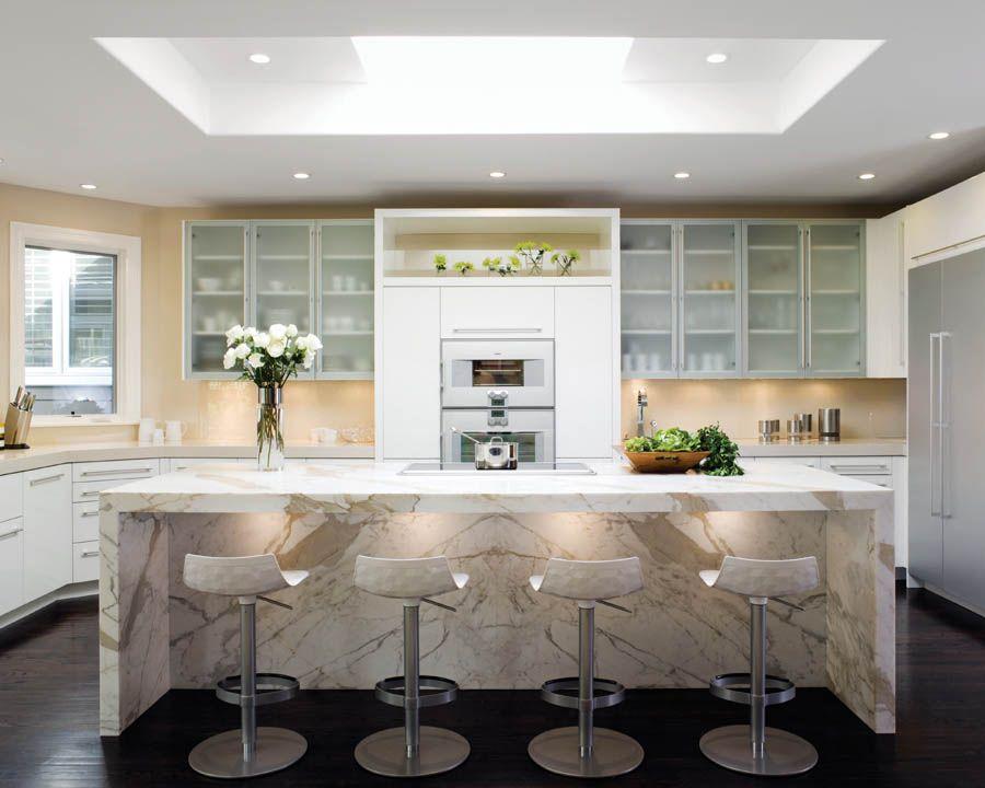 2nd Place Medium Kitchen Designed By Kimberly Larzelere Photo By David Duncan Livingston Visit Nkba Org Hgtv Kitchens Kitchen Interior Kitchen Cabinet Design