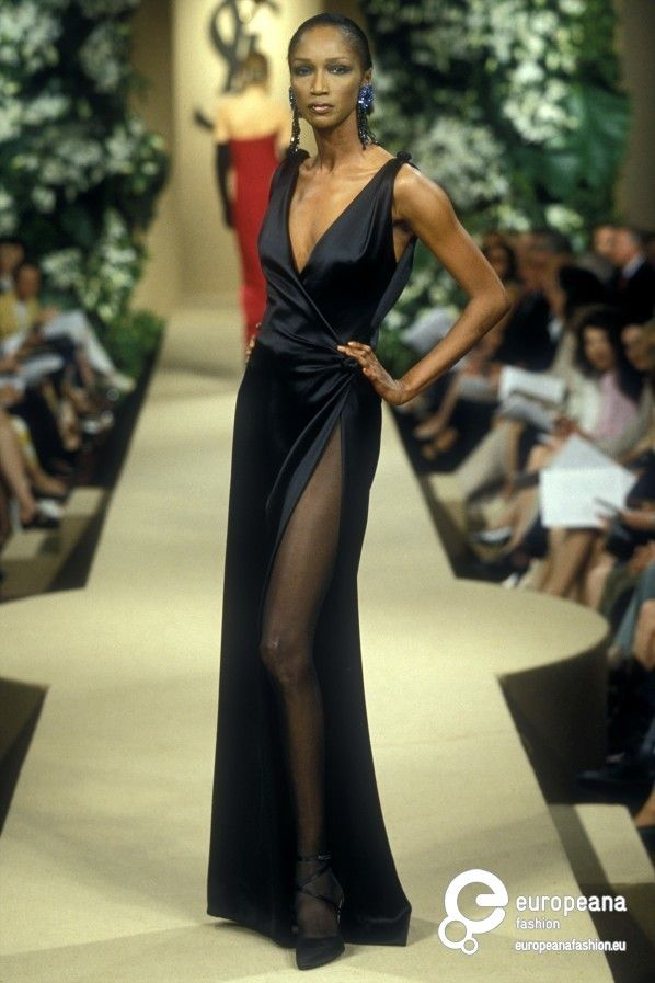 Abiti Da Cerimonia Yves Saint Laurent.Yves Saint Laurent Autumn Winter 1997 Couture On Www