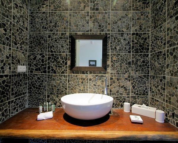 meuble salle de bain bois vernis