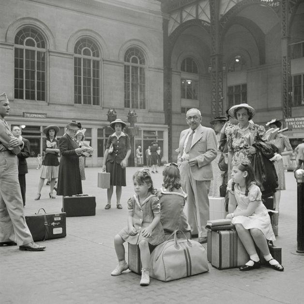 New York. Waiting for the trains - Tanja_Richtarsky - Fotografia czarno-biała