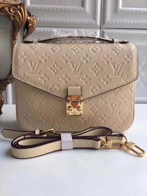 Du liebst Handtaschen? Bei NYBB gibt es preiswerte und elegante Handtaschen. Überzeug dich selbst