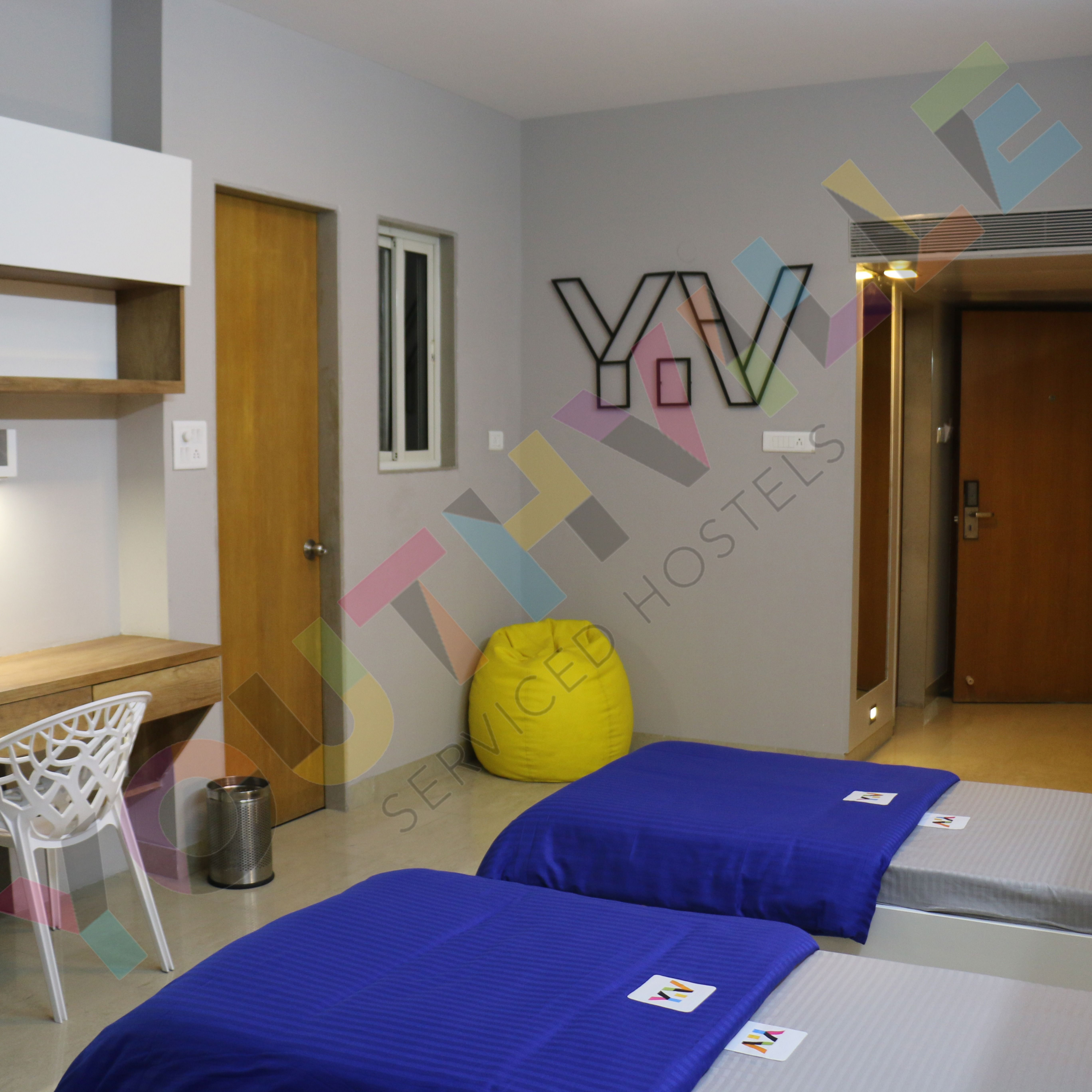Youthville Bavdhan Insights Hostel Cozy Library Pune