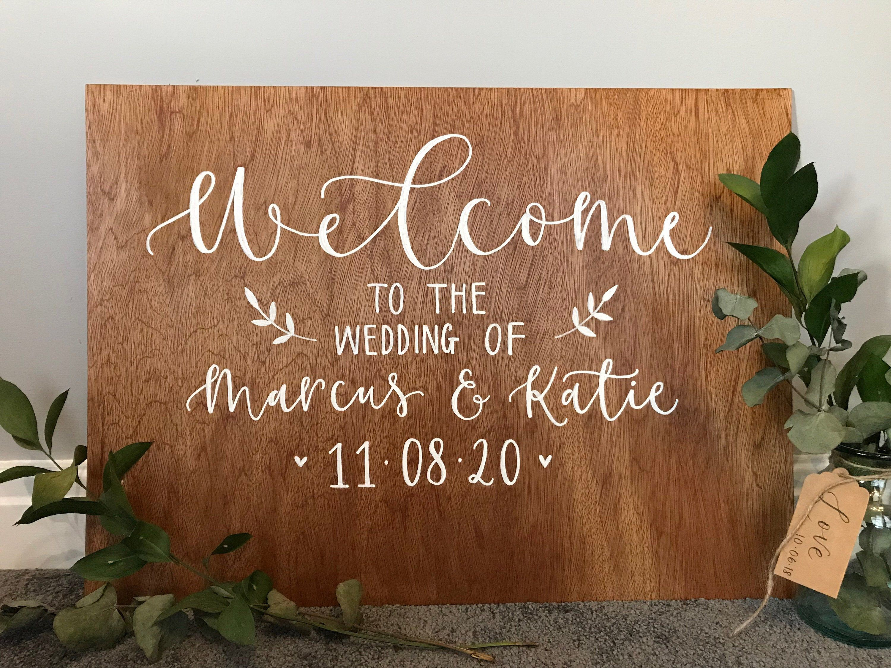 Wedding Welcome Sign / A2 Custom Hand Painted Wood Wedding Welcome Sign #weddingwelcomesign