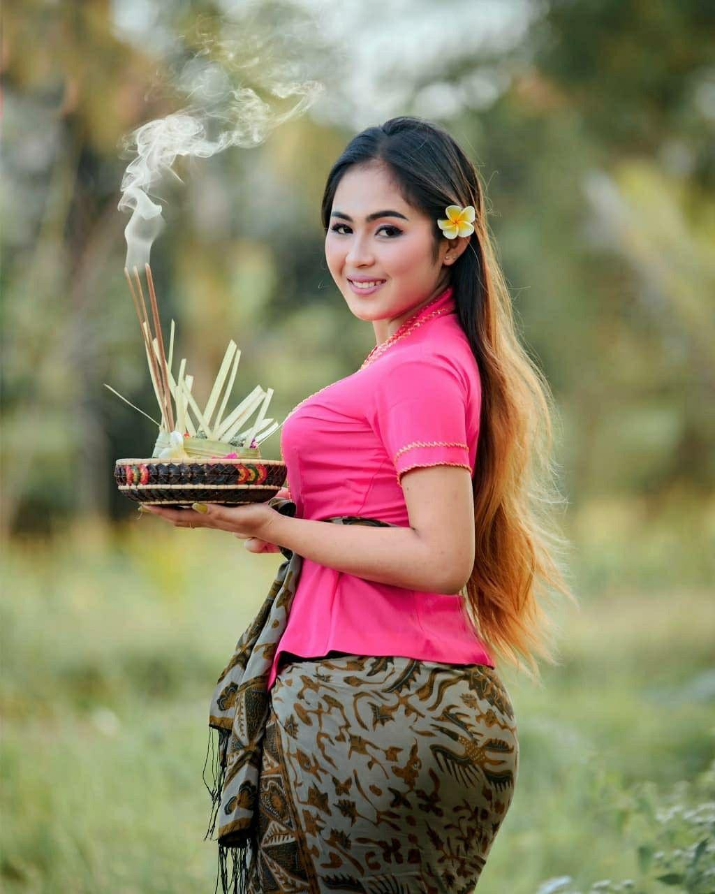 @smacantik.id - Cewe-Cewe SMA Cantik - kamis manis 😊😊😊