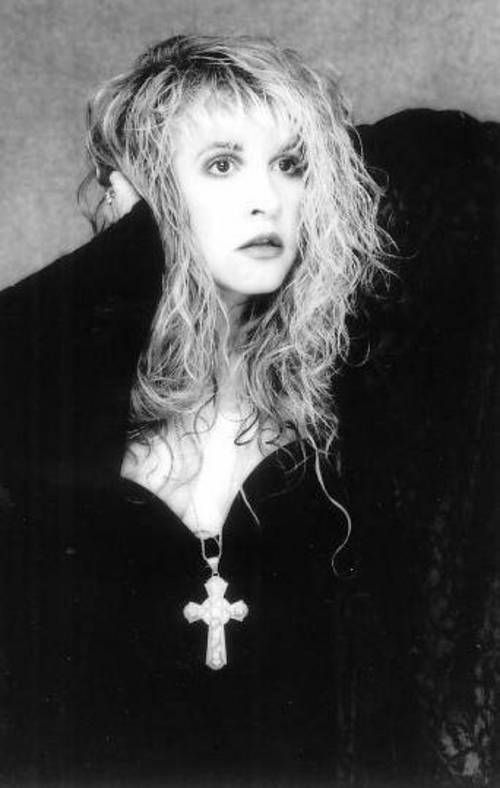 « ONCE UPON A FRIDAY…25 BLAZING HOT SUMMER MOVIES (2011) » STEVIE NICKS: IN YOUR DREAMS