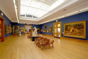 The Award Winning Ferens Art Gallery In Hull Which Has Recently Hosted Hugely Popular Exhibitions Of Works By Leonardo Da Vin Hull England East Yorkshire Hull