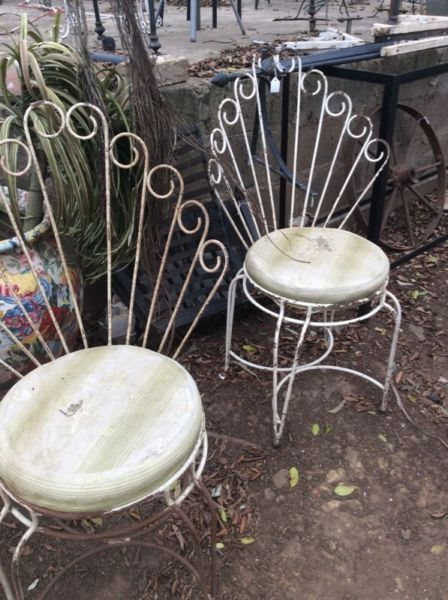 Other chairs to see so comeTo Hey JUDES Barn and see all our cool finds !