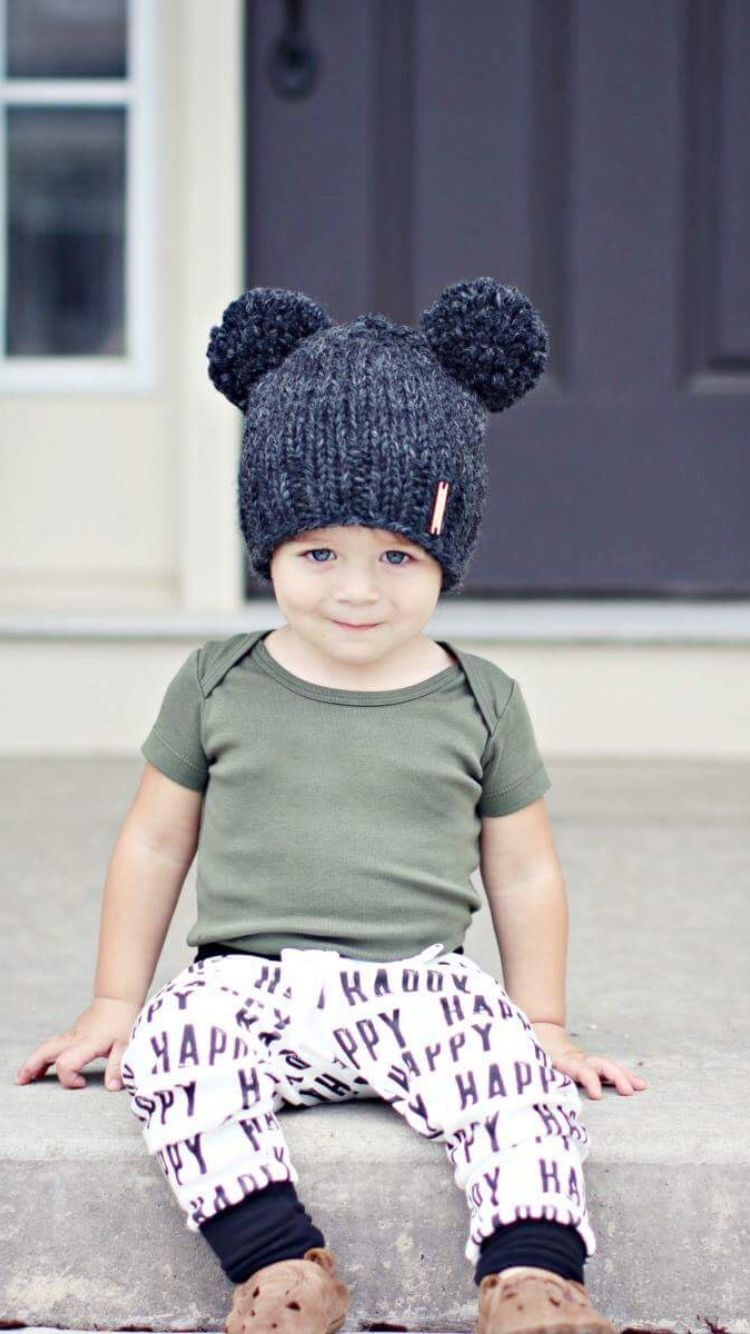 Nickichicki Mouse Ear Beanies! Because two pompoms are double the ... 6d186015f6aa