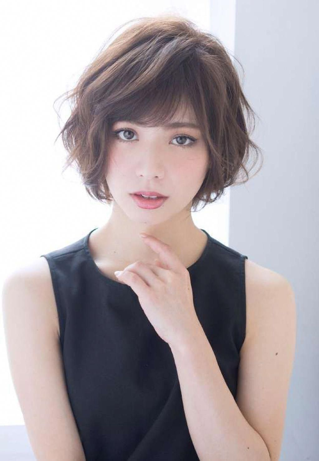 Wavy bob with bangs BangsHairstyle   Cute hairstyles for ...