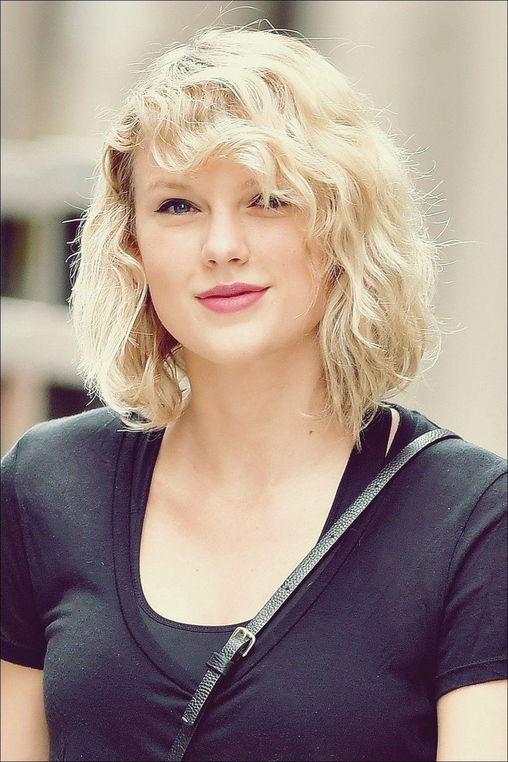 Taylor Swift Haircuts 30 Typische Frisuren Von Taylor Swift With Images Taylor Swift Haircut Hair Beauty Great Hair