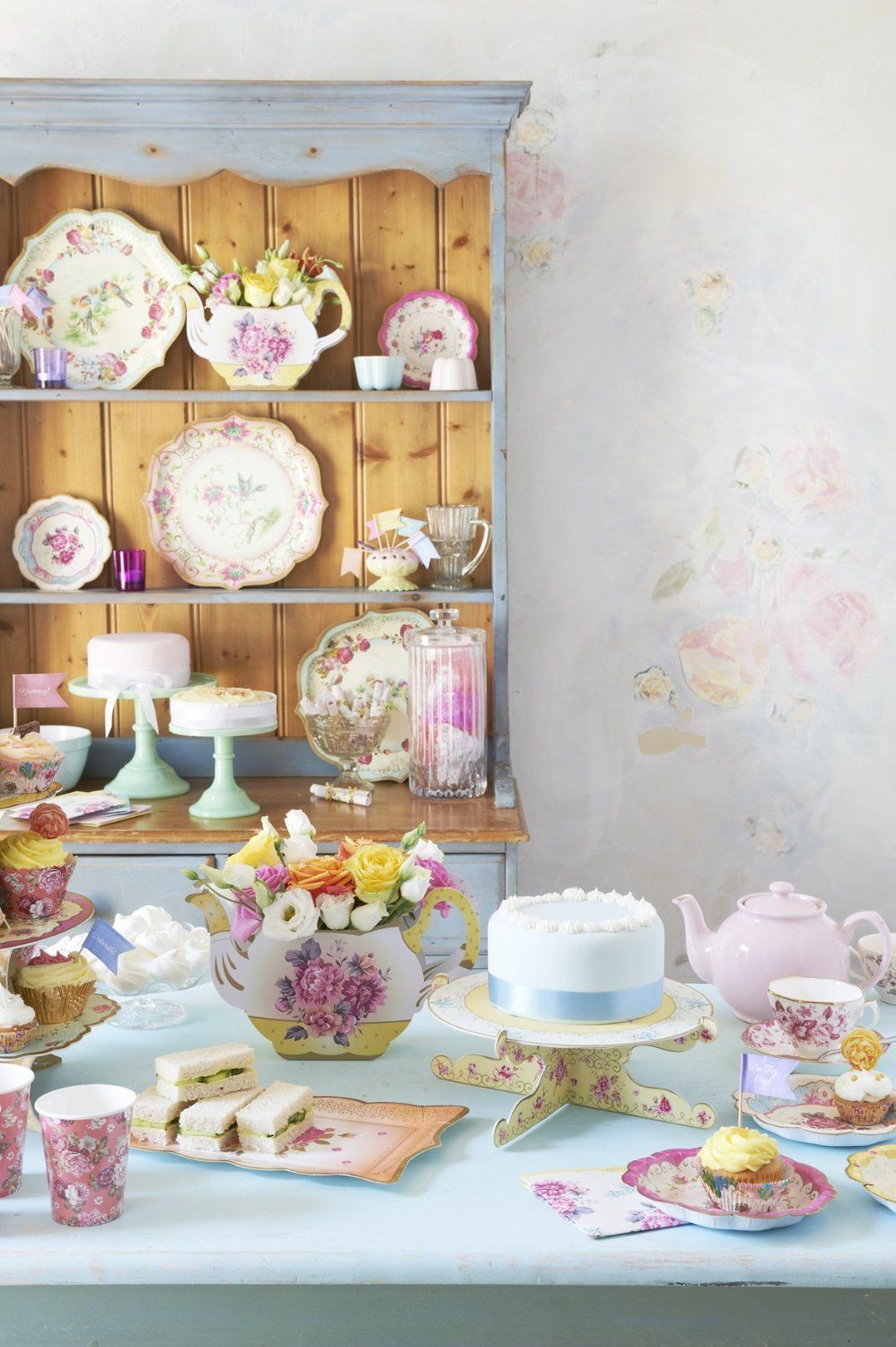 Truly Scrumptious from Talking Tables & Amazon.com | Talking Tables Truly Scrumptious Dessert/Cake Plates ...