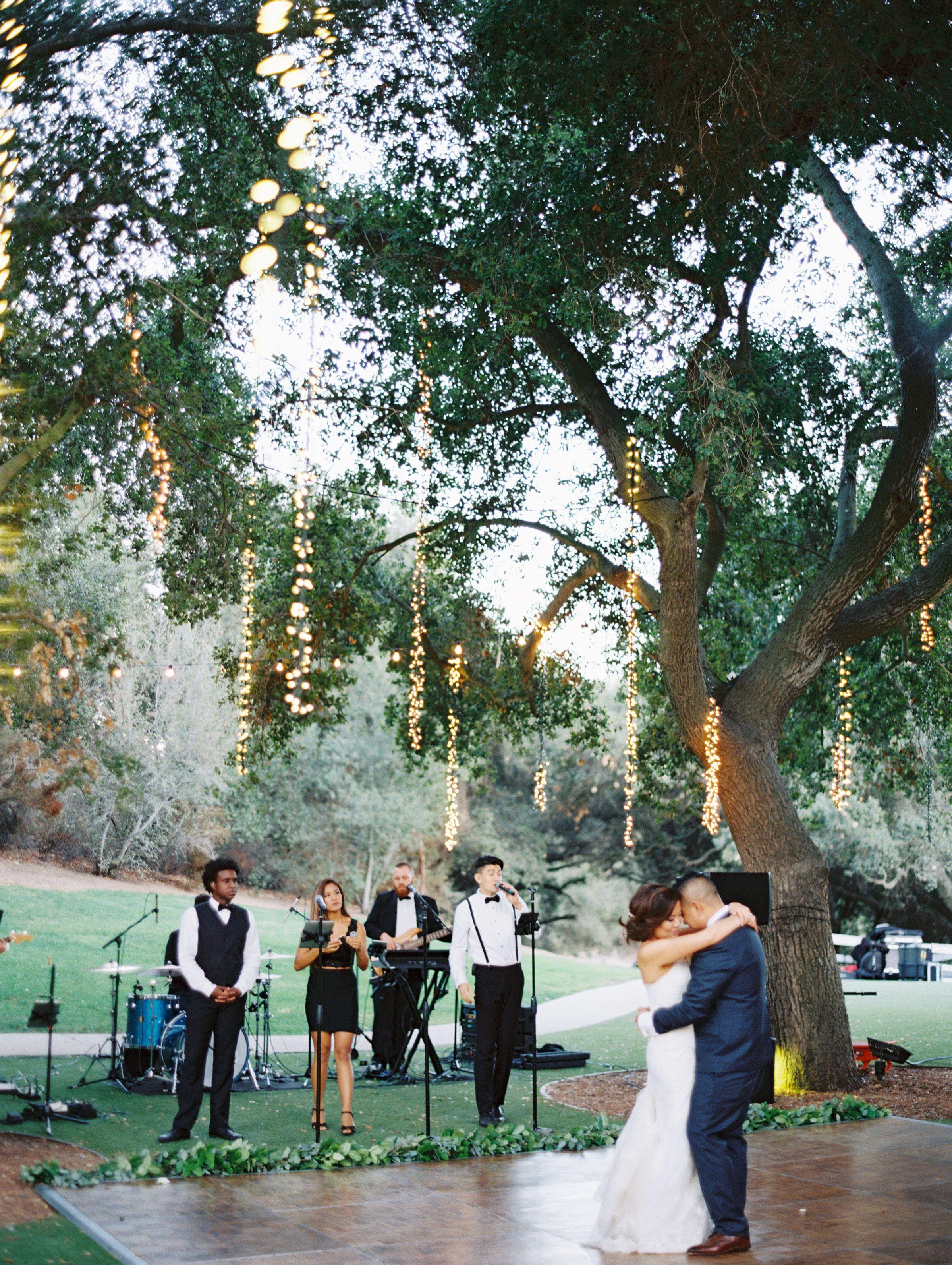 Al Fresco Saddlerock Ranch Wedding In Malibu