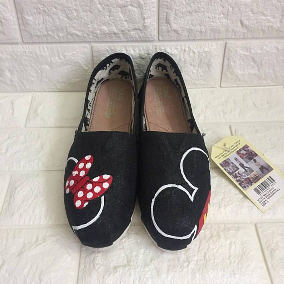 Glitter Minnie Mouse Disney Shoes [MICKEY mouse shoes] Disney World Shoes. Painted Disney Shoes. Minnie Mouse Bow Shoes. Simple Disney