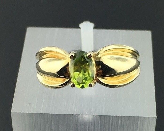 Lady's 14k yellow gold genuine Peridot oval shaped ring in Jewelry & Watches, Fine Jewelry, Fine Rings | eBay
