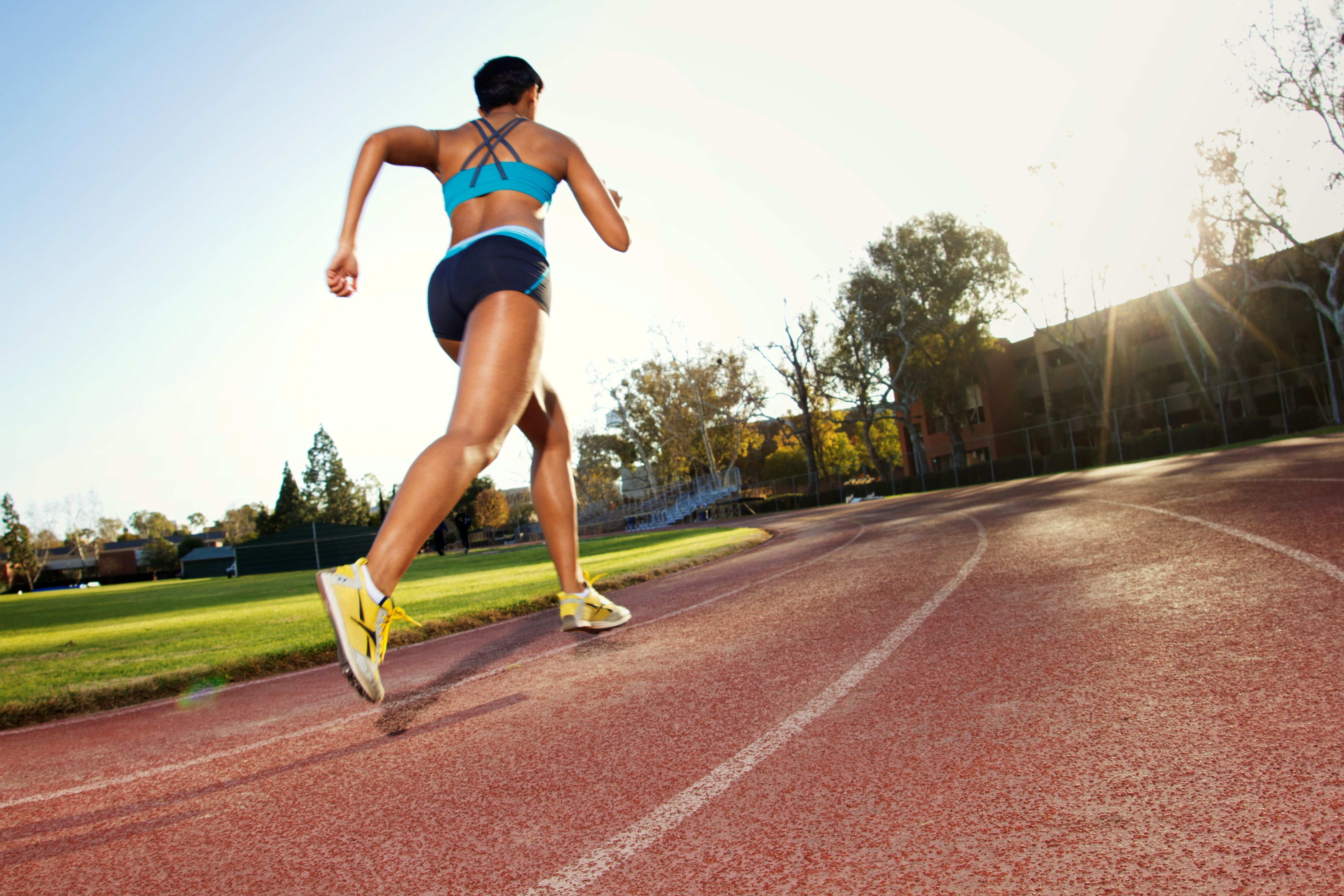 9 ways to run a faster mile how to run faster running