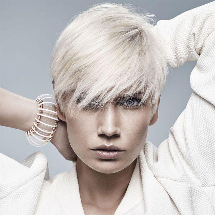Coiffure cheveux courts MANIATIS Paris Tendances