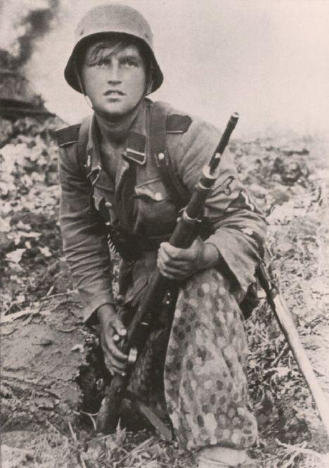 A young SS-Sturmann of 3.SS-Pa...