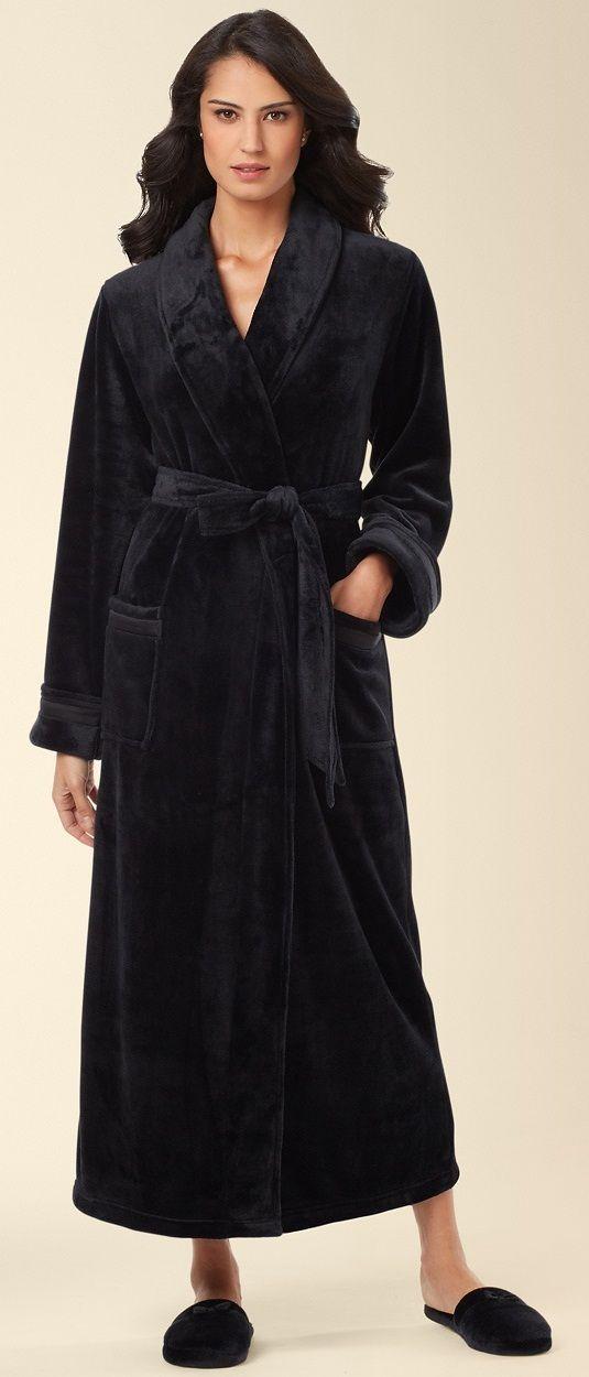 Embraceable Plush Long Robe In Black Somaintimates Mysomawishlist