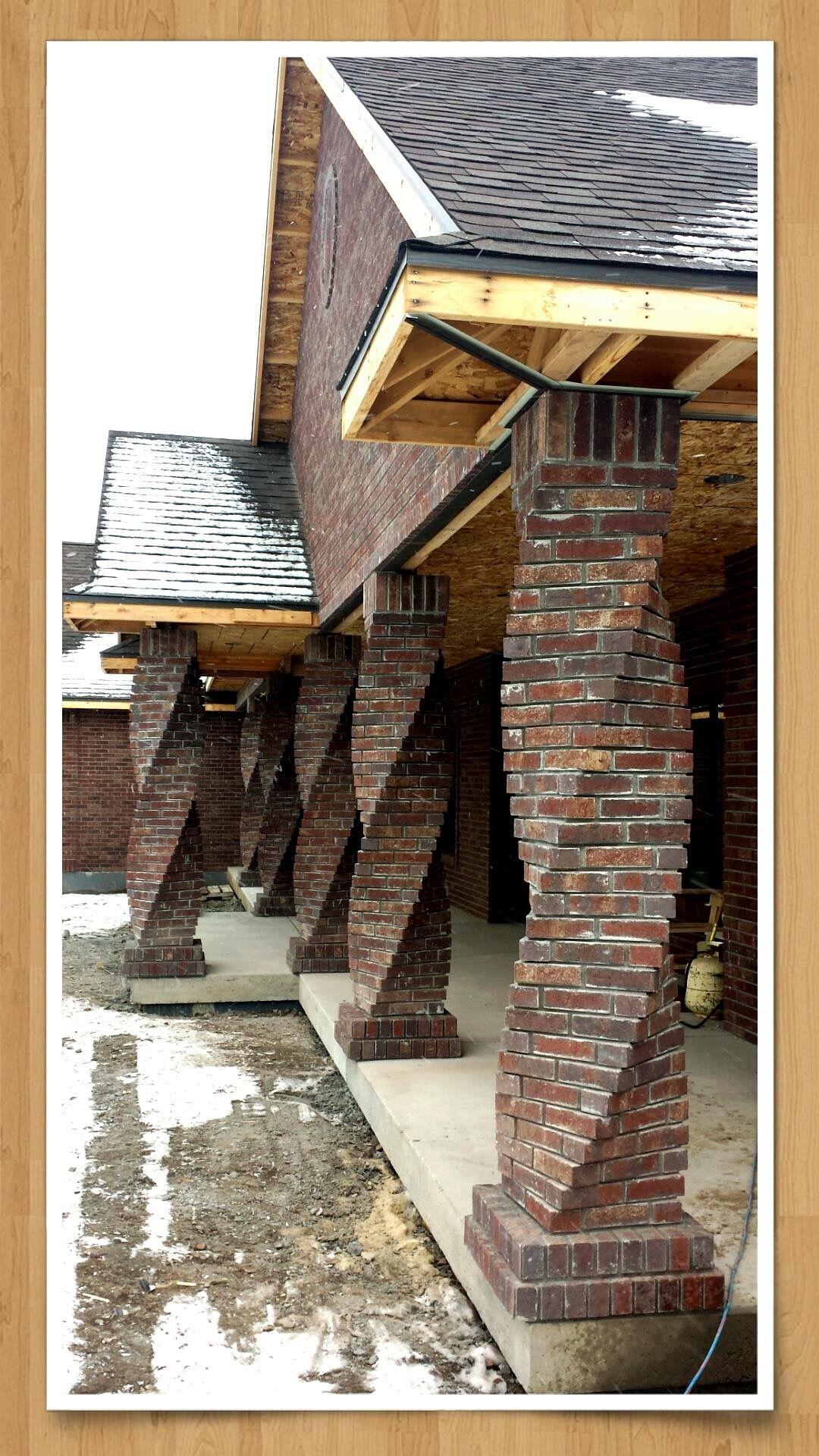 Twisted brick columns Home Ideas in 2019 Mauerwerk, Backstein, Ziegel ~ 18031254_Backstein Mauerwerk Brandschutz