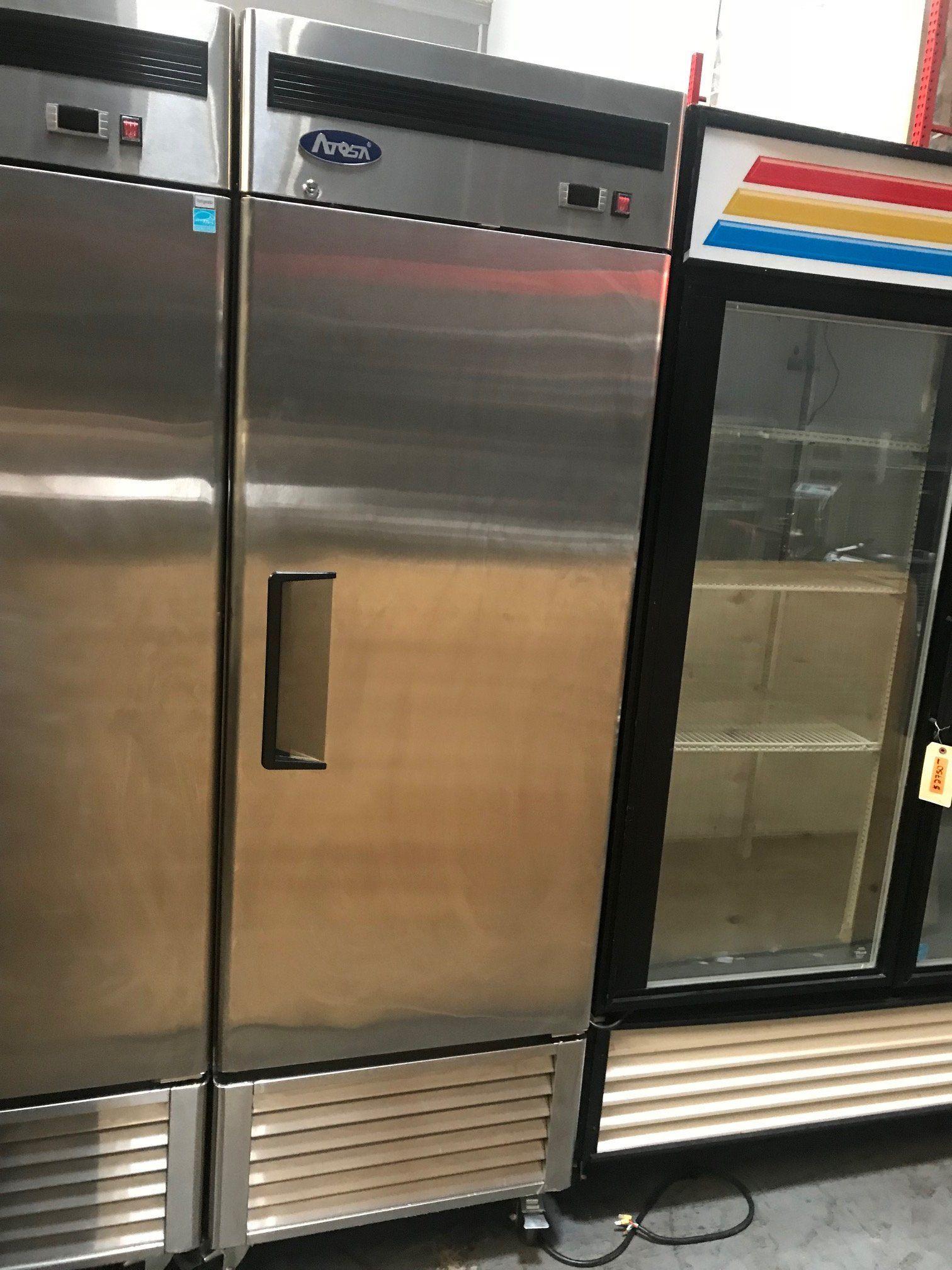 Atosa Mbf8501 1 Solid Door Reach In Freezer Solid Doors Doors Adjustable Shelving