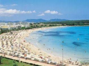 Sa Coma Beach Majorca wwwmallorcatravelcom Barefoot on the Beach
