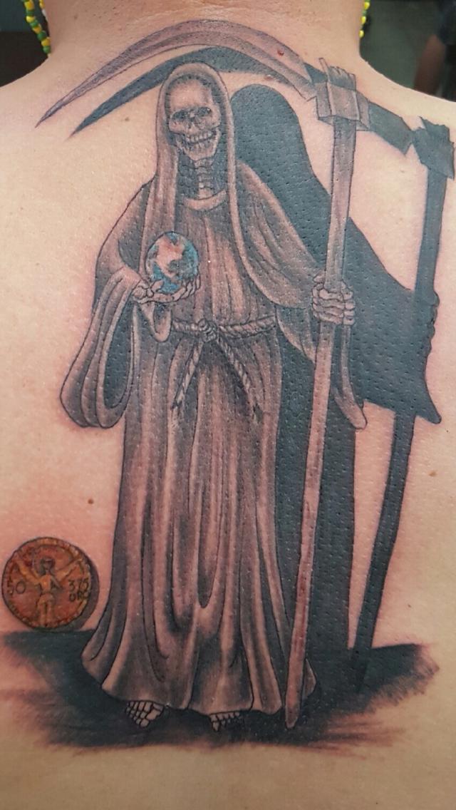 Pin By Ruben On Santa Muerte Death Tattoo Angel Of Death Tattoo