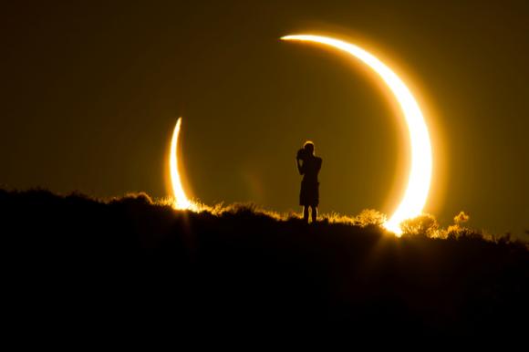 Engullido por el eclipse anular - Crédito imagen: Colleen Pinski