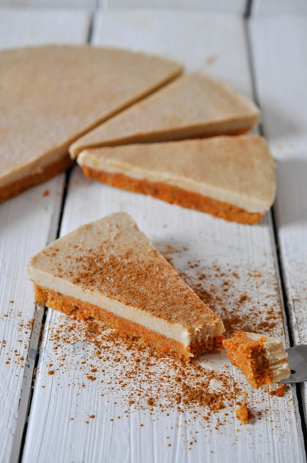 nads healthy kitchen | raw carrot-apple-cinnamon cake on the bottom with a banana cashew cream on the top