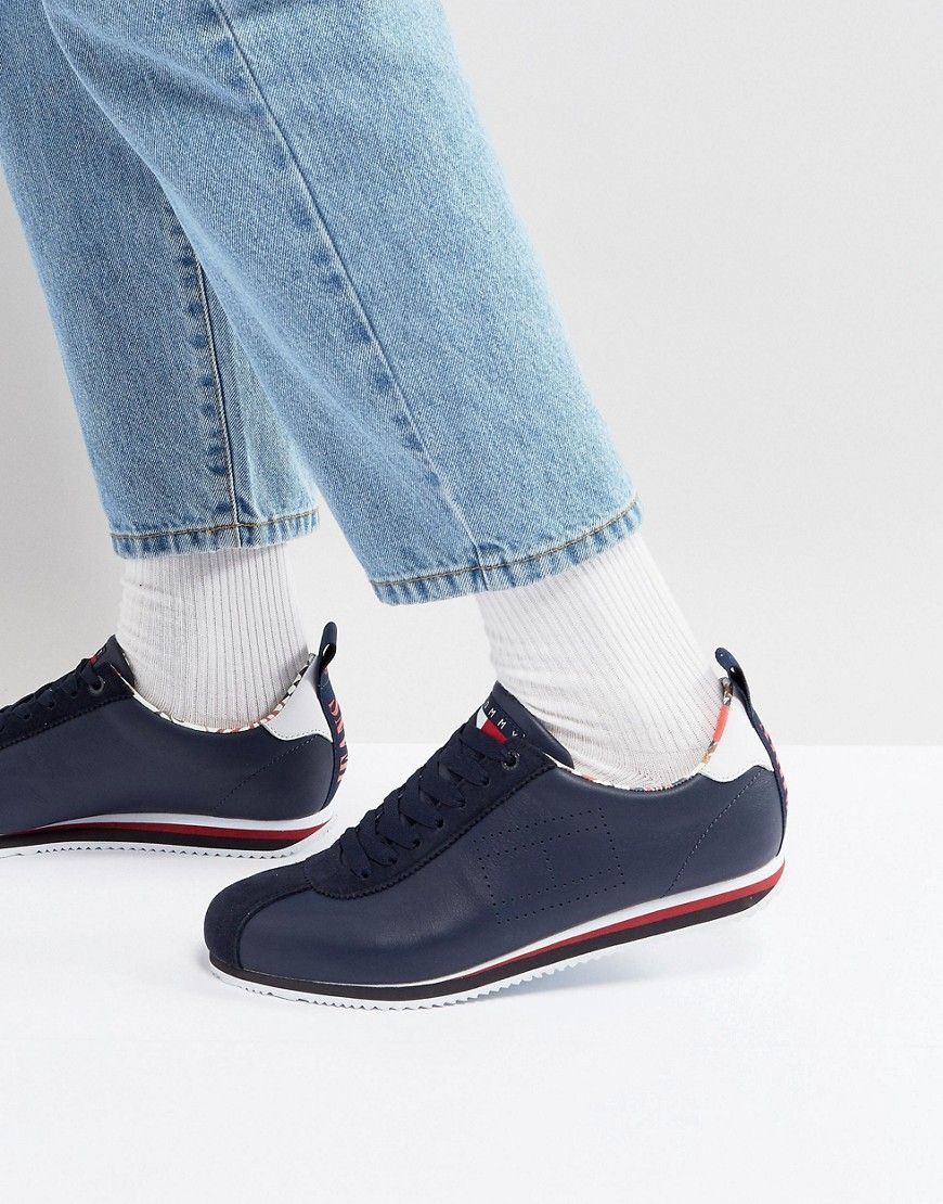80e3f962a4485d Tommy Jeans Capsule 90 s Neptune Logo Sneakers Leather   Suede in Navy