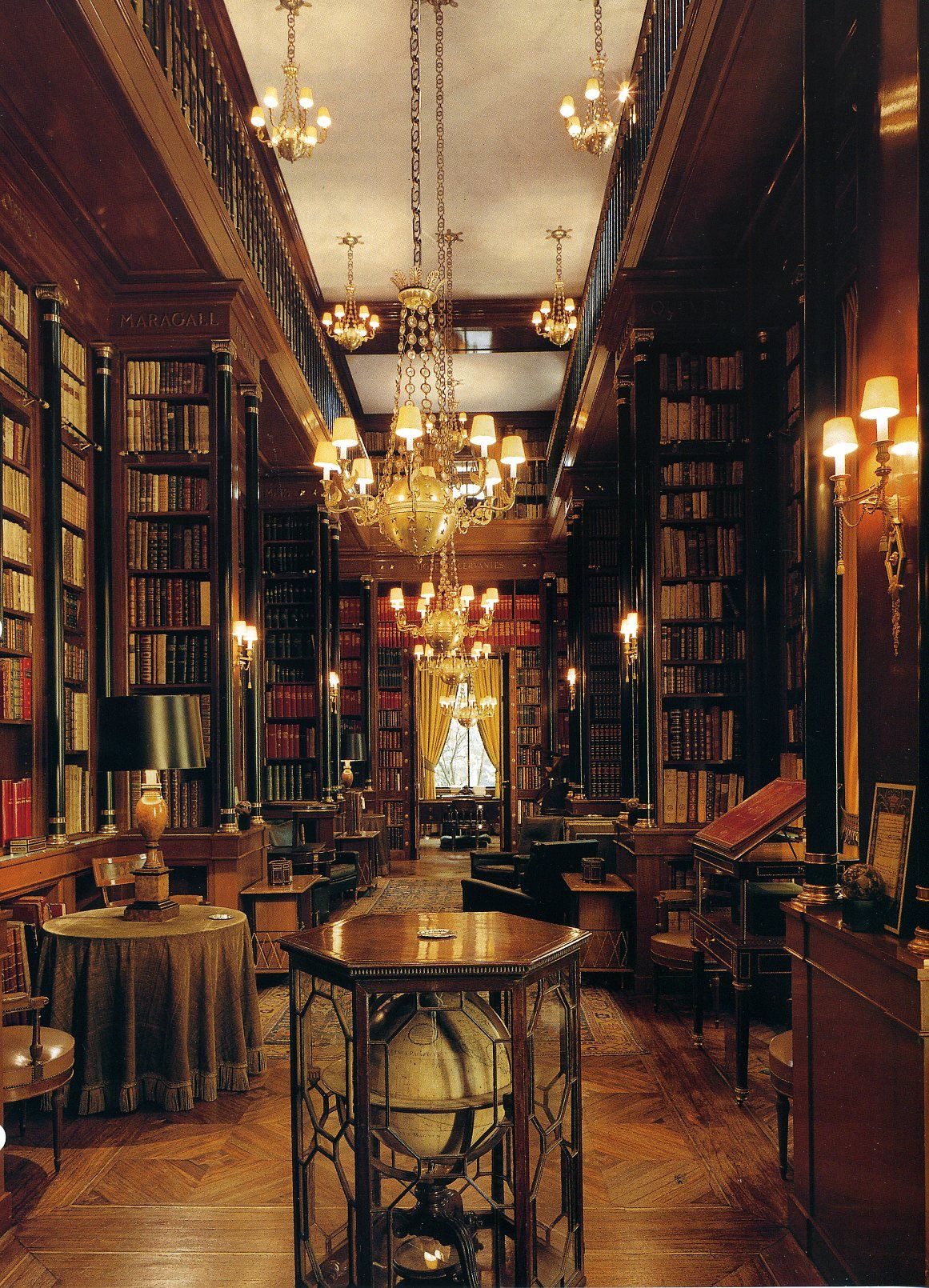 Amazing Home Libraries: Grand Library (With Images)