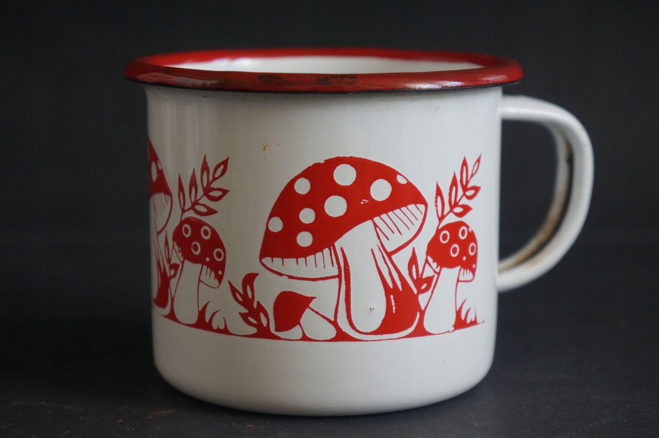 Olkusz Stara Emalia Piekny Kubek W Muchomorki 8606392276 Oficjalne Archiwum Allegro Ceramics Glassware Tableware