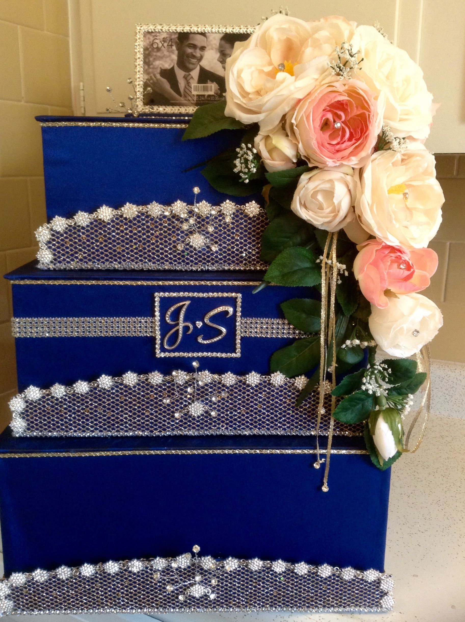 Decorated wedding gift card box with images card box