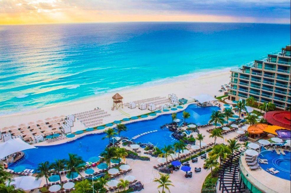 The 9 Best Cancun Resorts Of 2021 Cancun Hotels Best Cancun Resorts Cancun Resorts